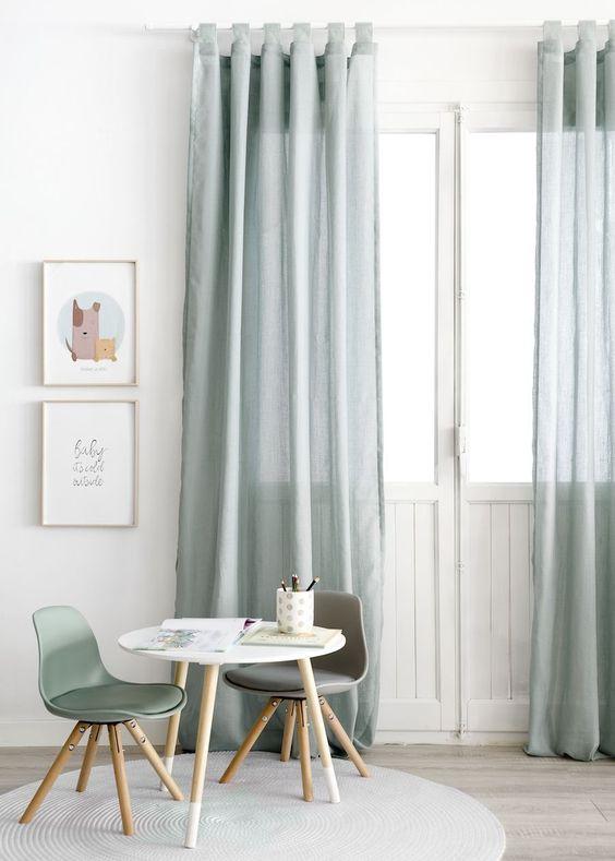 Uso de cortinas sencillas.